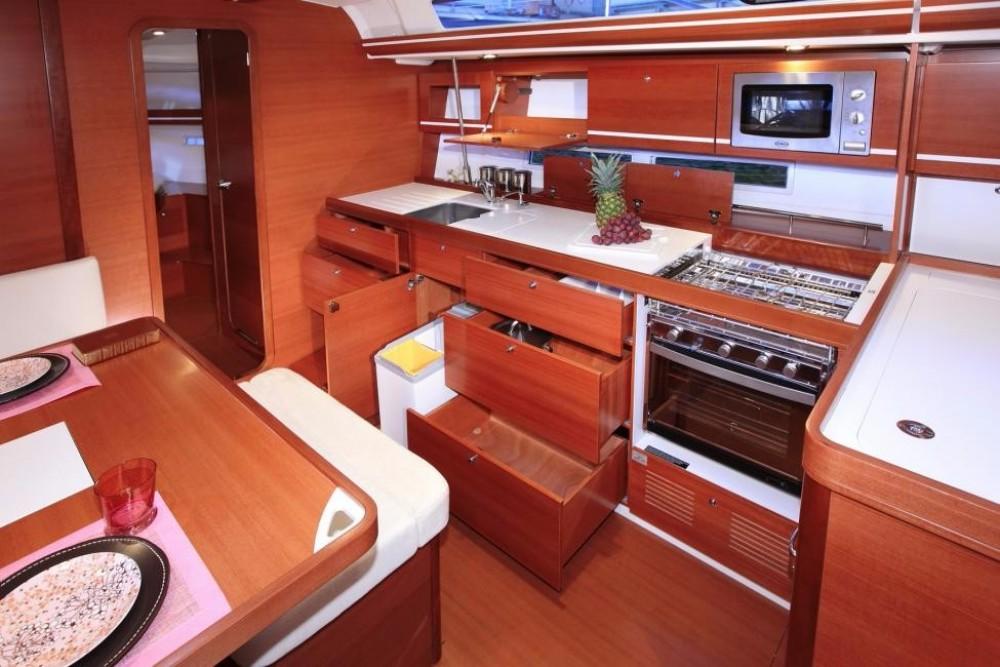 Boat rental Saint-Mandrier-sur-Mer cheap Dufour 445