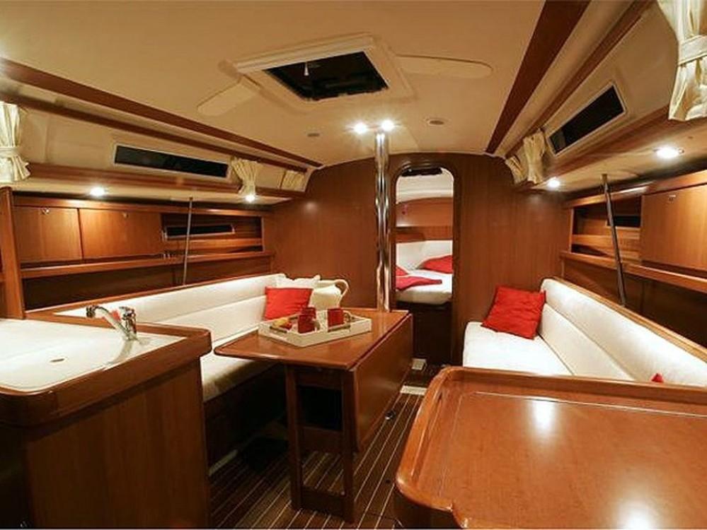 Boat rental Saint-Mandrier-sur-Mer cheap Dufour 325