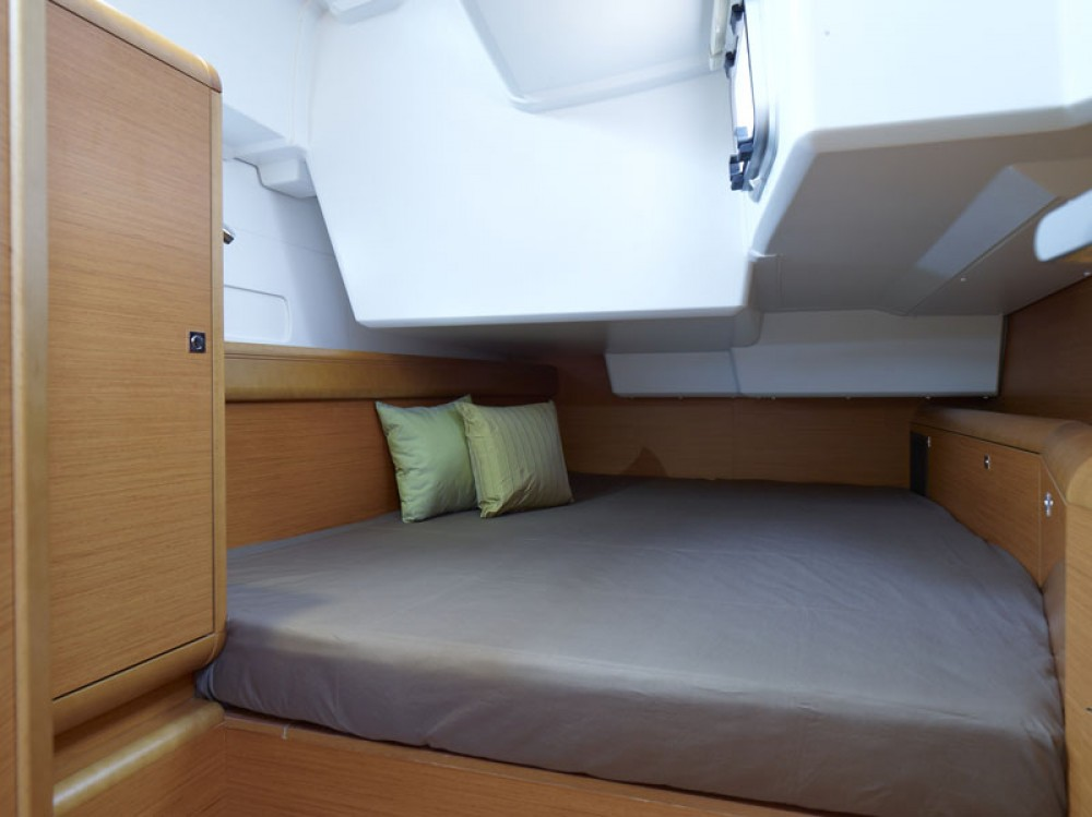 Jeanneau Sun Odyssey 519 between personal and professional Olbia