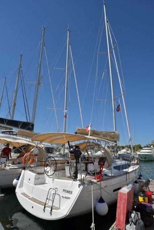 Boat rental Jeanneau Sun Odyssey 389 in Kos on Samboat
