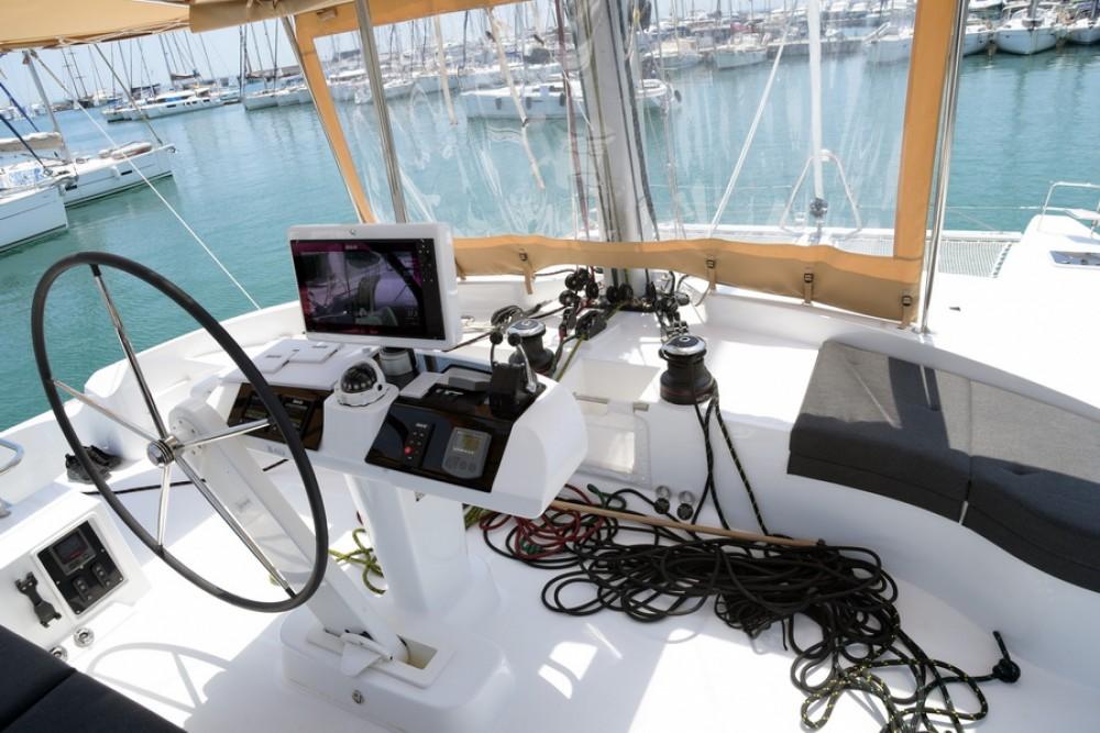 Rental Catamaran in  - Lagoon Lagoon 52