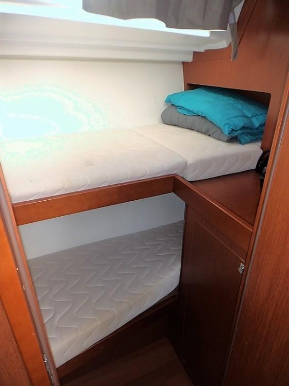 Rental yacht Grèce - Bénéteau Oceanis 48 on SamBoat