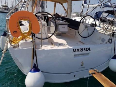 Rental yacht Λαύριο - Bénéteau Oceanis 41.1 on SamBoat