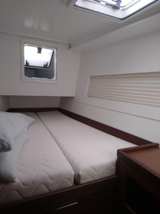Rental Catamaran in Corfu - Lagoon Lagoon 40