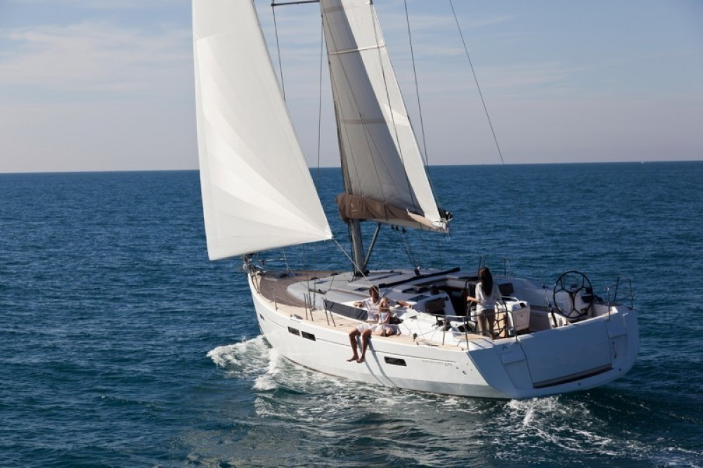 Jeanneau Sun Odyssey 479 between personal and professional Aegean