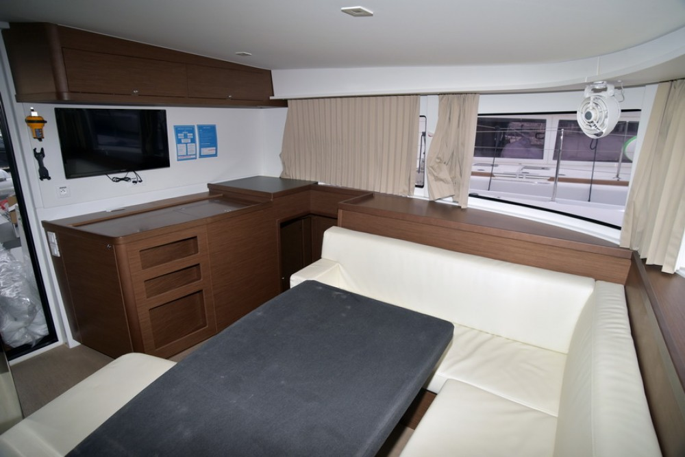 Rental Catamaran  with a permit