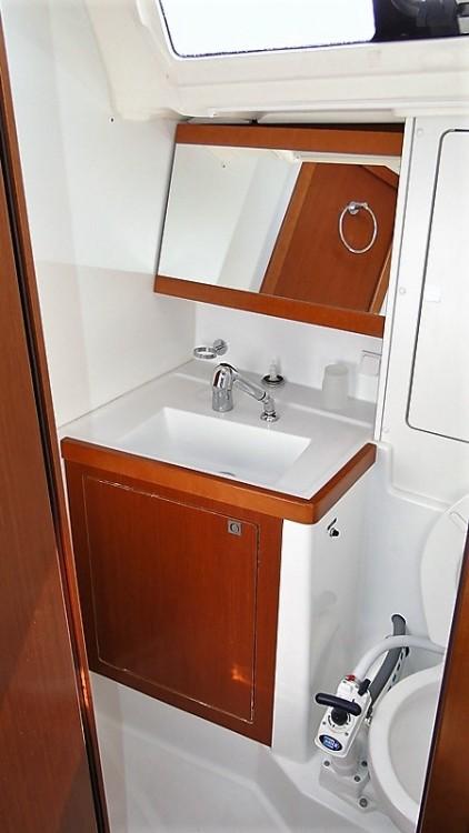 Rental Sailboat in Corfu - Bénéteau Oceanis 48