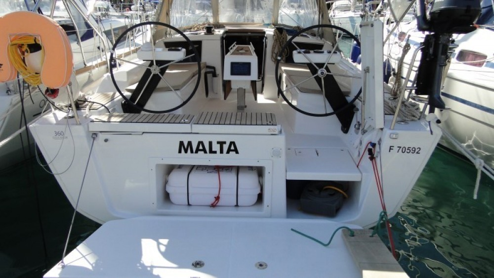 Rental yacht Πρέβεζα - Dufour Dufour 360 Liberty on SamBoat