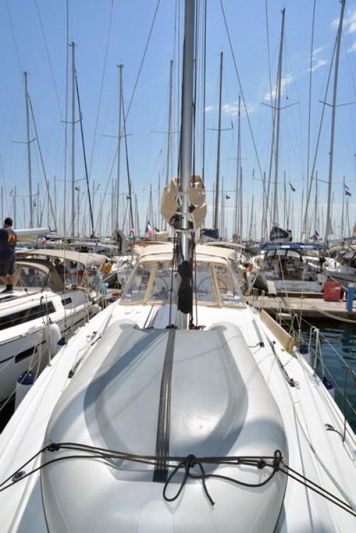 Rental Sailboat in Athens - Bénéteau Oceanis 41.1