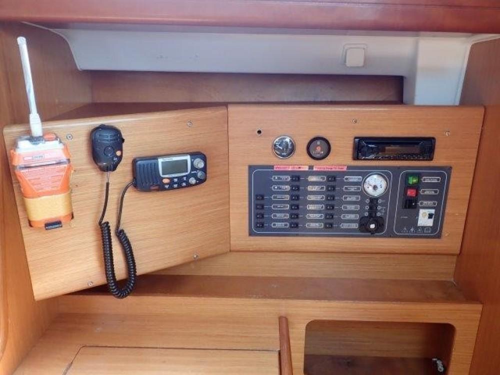 Boat rental Phuket cheap Cyclades 39.3