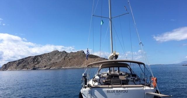 Boat rental Dufour Dufour 520 GL in Λαύριο on Samboat