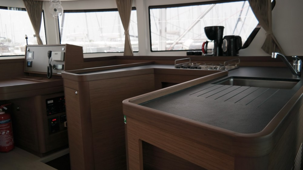 Rental Catamaran in Athens - Lagoon Catamaran Lagoon 42