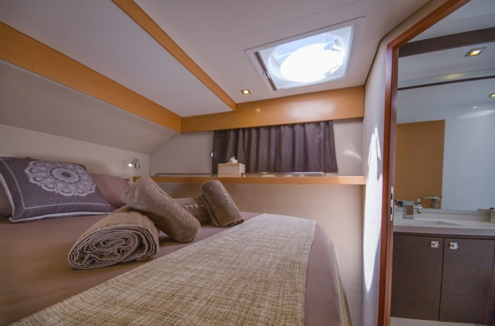 Rental yacht Athens - Fountaine Pajot Fountaine Pajot on SamBoat