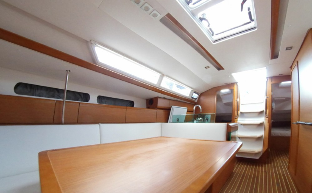 Boat rental Athens cheap Sun Odyssey 419