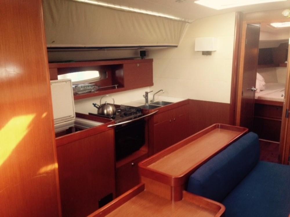 Rental Sailboat in Laurium - Bénéteau Oceanis 50 Family
