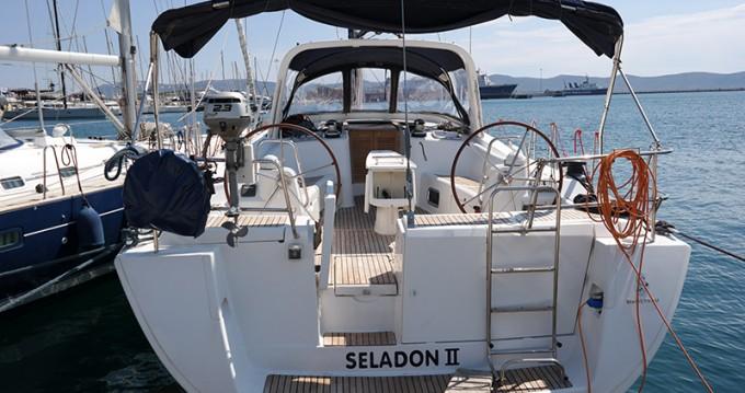 Boat rental Λαύριο cheap Oceanis 50 Family