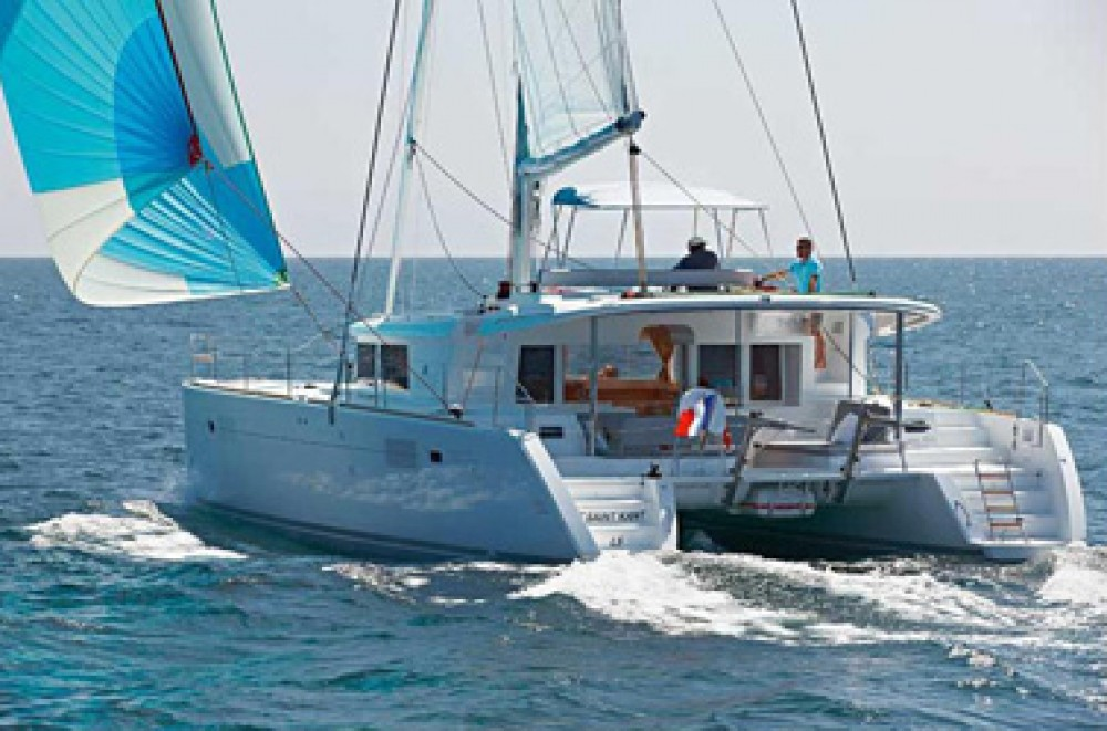 Hire Catamaran with or without skipper Lagoon Grèce