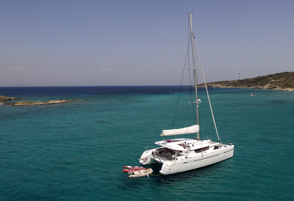 Rent a Lagoon Catamaran Lagoon 450 S Tourlos