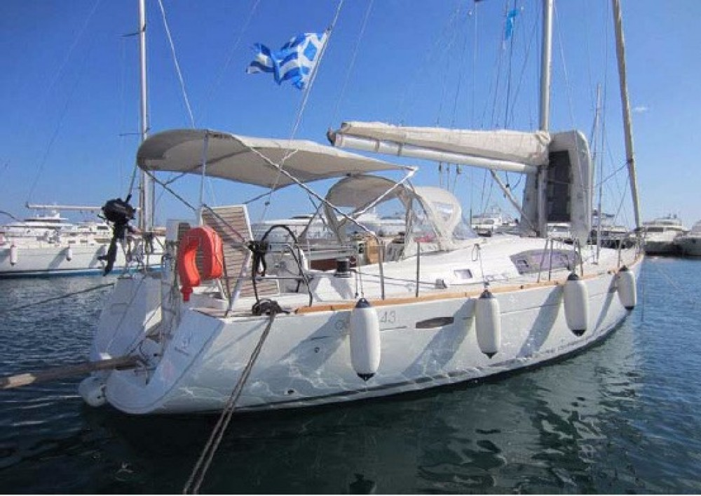 Rental Sailboat in Athens - Bénéteau Oceanis 43