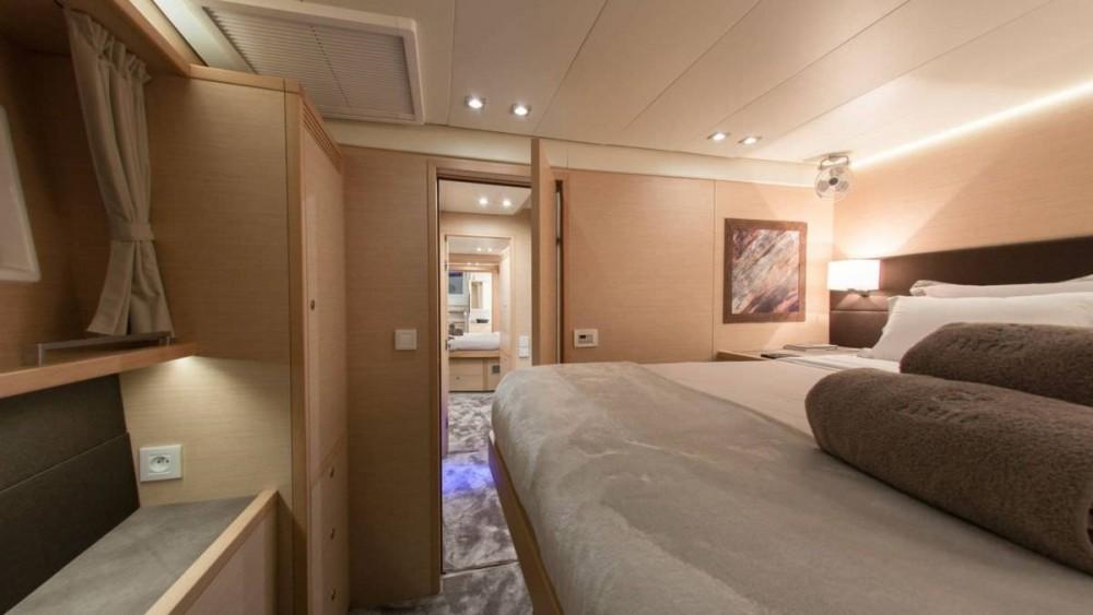 Rental Catamaran in Athens - Lagoon Lagoon 560