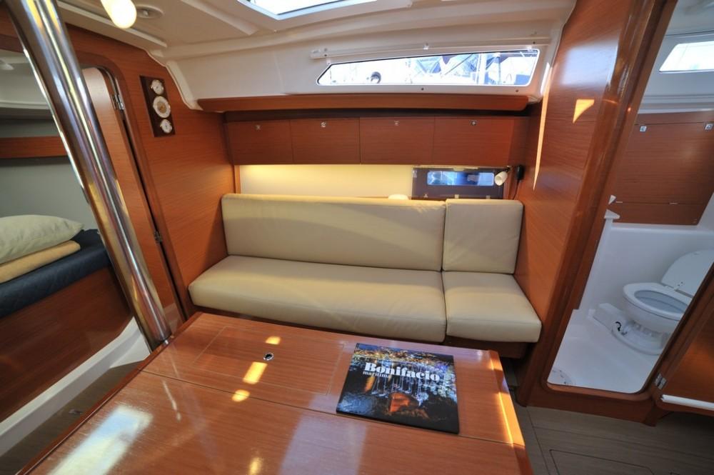 Boat rental Dufour Dufour 350 in Olbia on Samboat