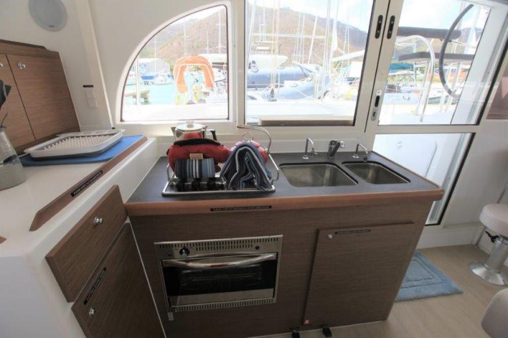 Rental yacht Road Town - Lagoon Lagoon 380 on SamBoat