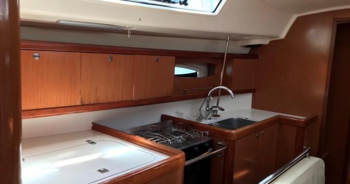 Rental Sailboat in Palma de Mallorca - Bénéteau Oceanis 43