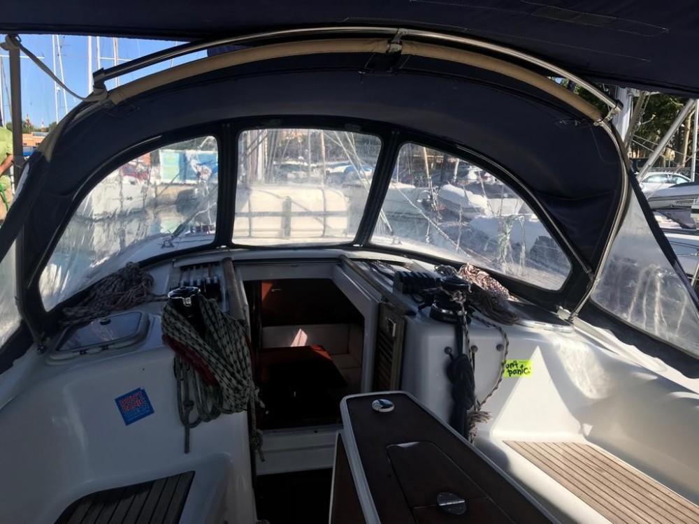 Rental Sailboat in Palma - Bénéteau Oceanis 40