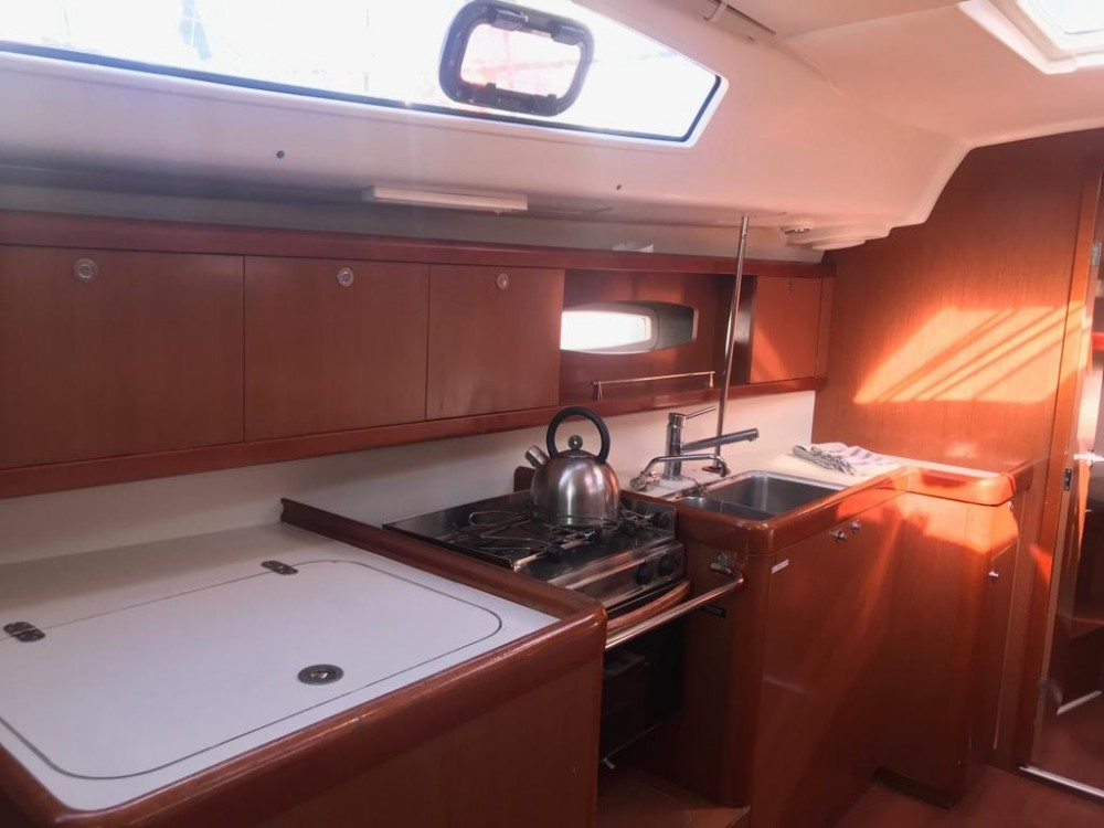 Boat rental Canary Islands cheap Oceanis 40