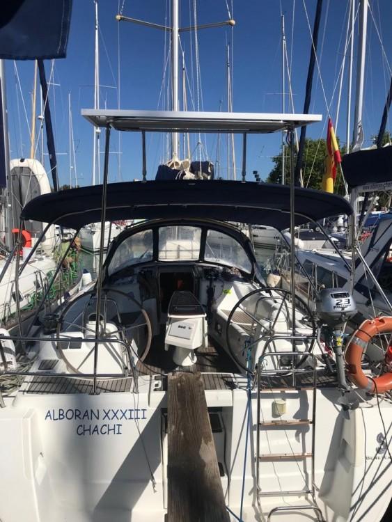 Boat rental Bénéteau Oceanis 40 in Canary Islands on Samboat