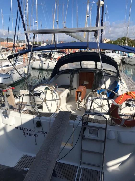 Rental Sailboat in  - Bénéteau Oceanis 473