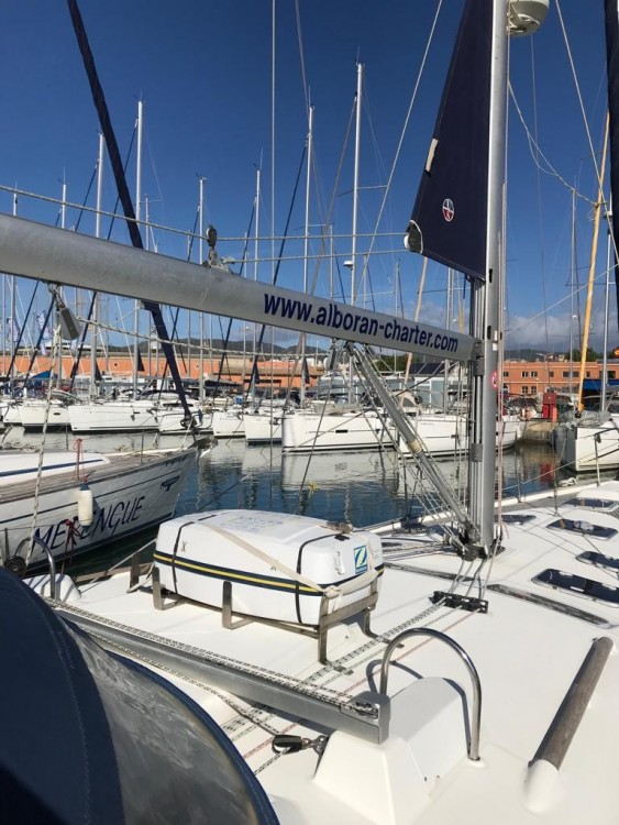 Boat rental Canary Islands cheap Oceanis 473