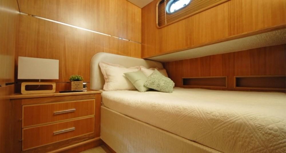 Rental Yacht Custom Built with a permit