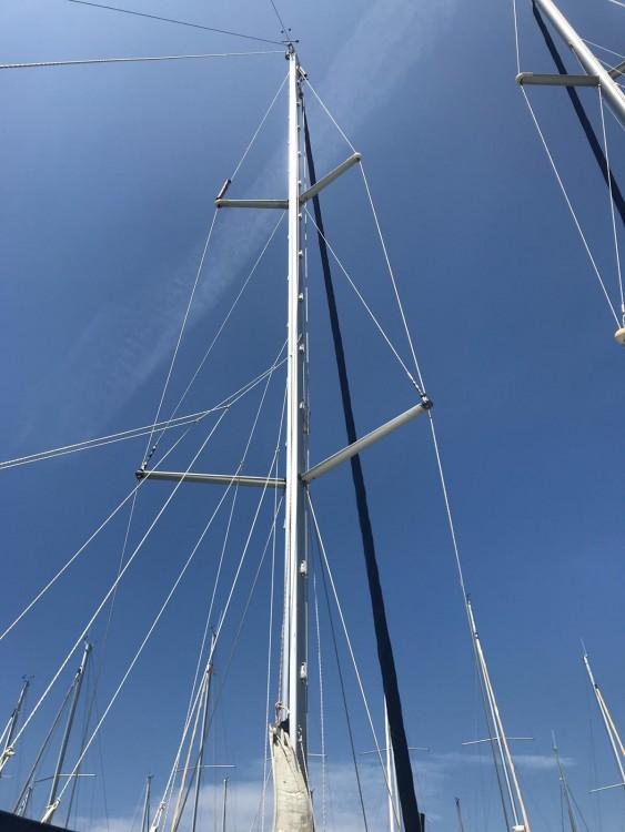 Rental Sailboat in Palma - Bénéteau Oceanis 43