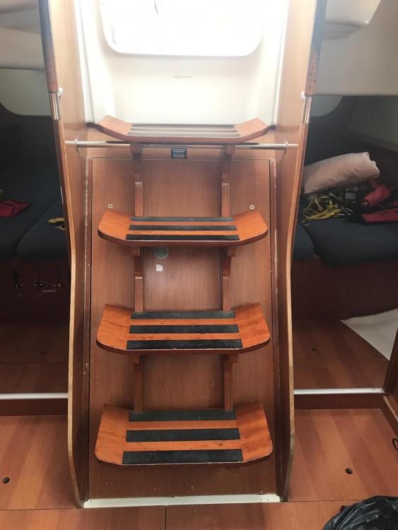 Rental yacht Palma - Bénéteau Oceanis 43 on SamBoat