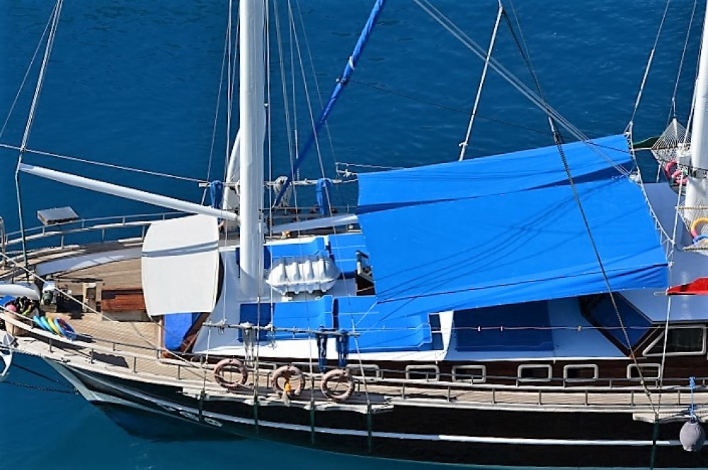 Custom Built Gulet between personal and professional Aegean