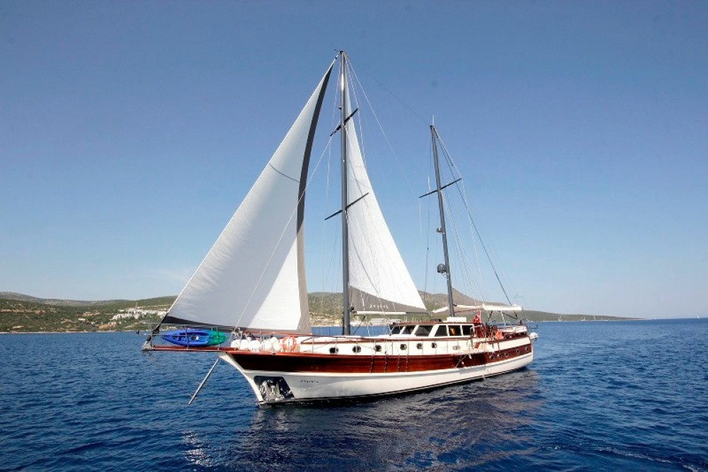 Rental Sailboat Gulet Custom Built with a permit