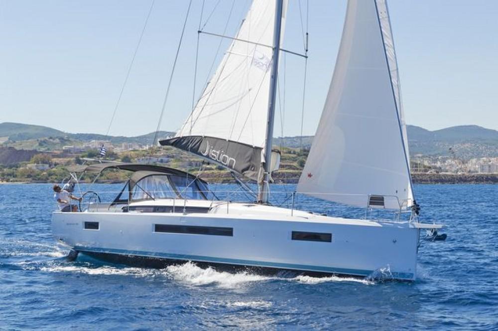 Rental Sailboat in  - Jeanneau Sun Odyssey 490