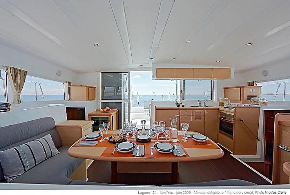 Boat rental Muğla cheap Lagoon 421