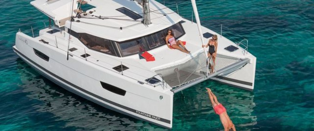 Boat rental Fountaine Pajot Lucia 40 in Aegean on Samboat