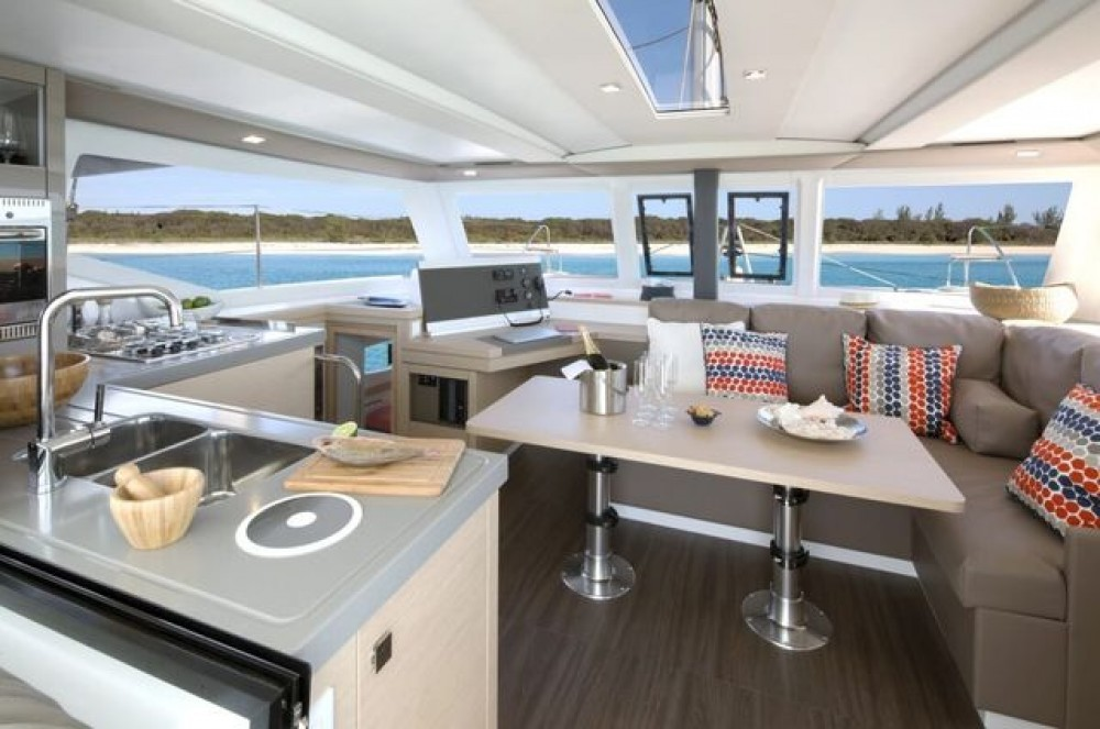 Hire Catamaran with or without skipper Fountaine Pajot Aegean