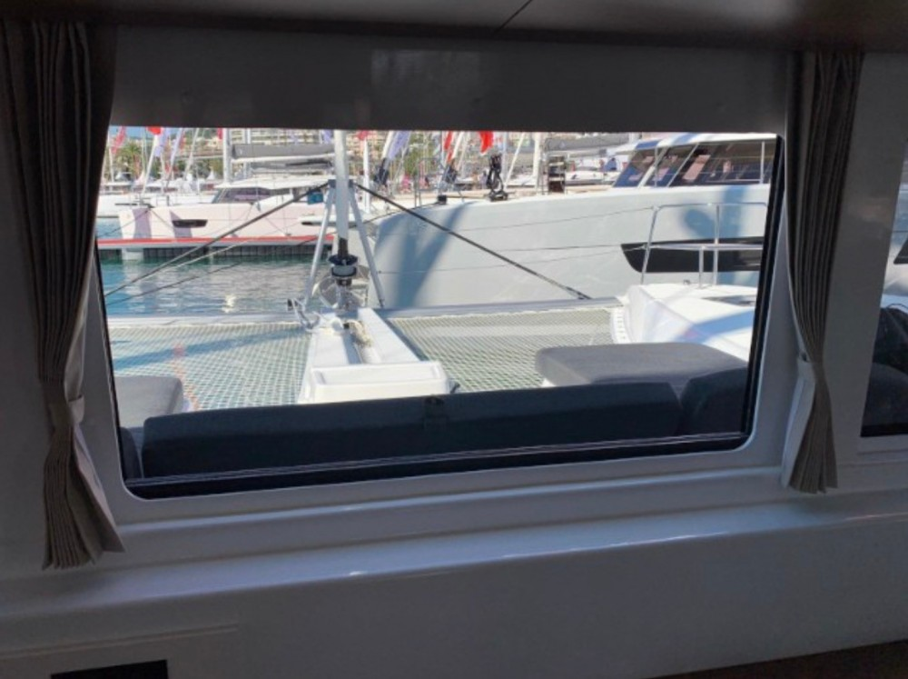 Rent a  Lagoon 46 Sardinia