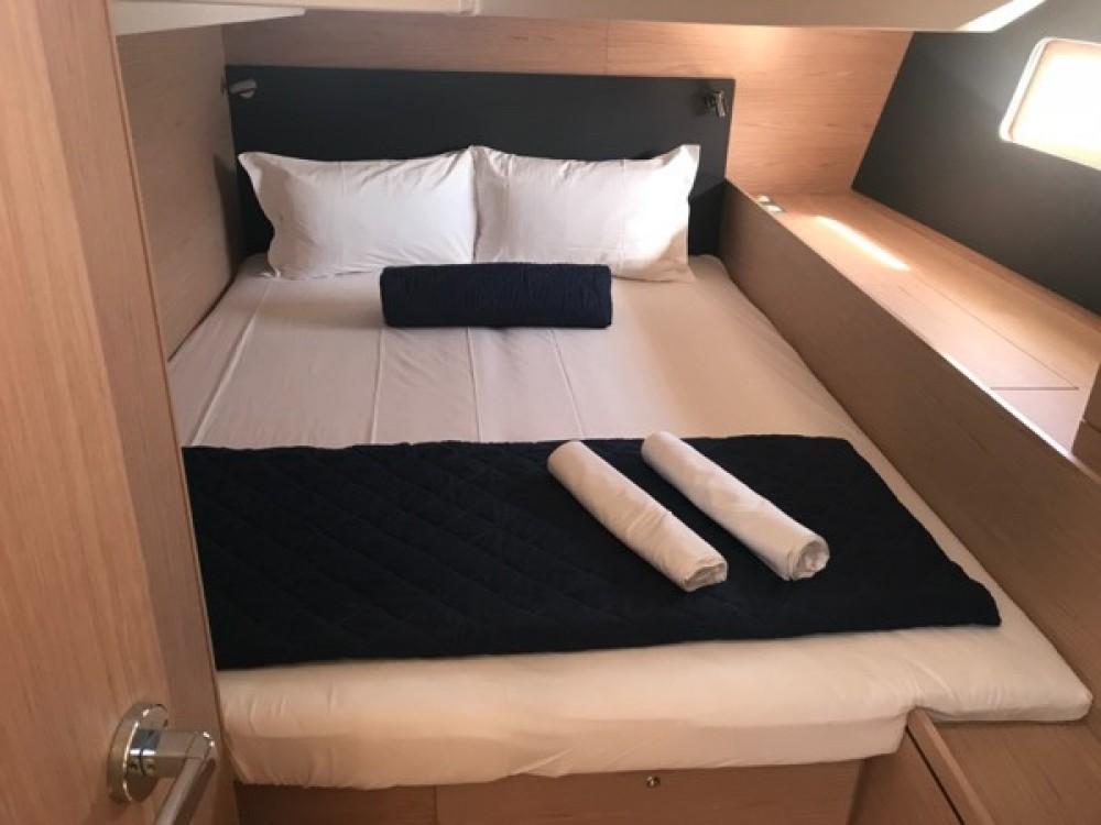 Rental yacht Palma - Bénéteau Oceanis 51.1 on SamBoat