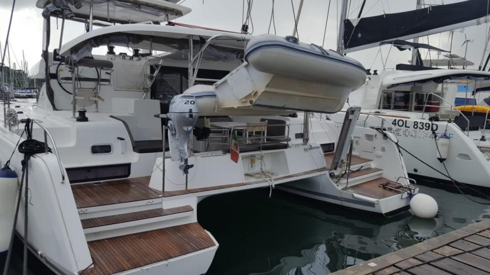 Rental yacht Saint-Georges - Lagoon Lagoon 42 on SamBoat