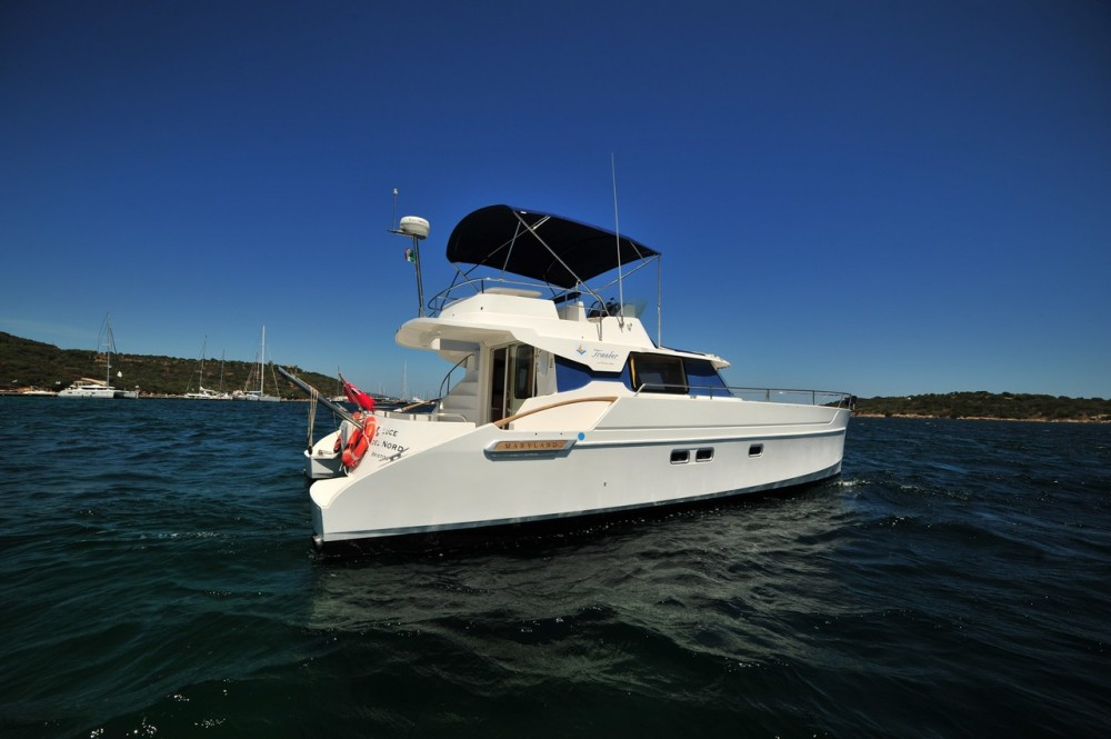 Rental yacht Olbia - Fountaine Pajot Maryland 37 on SamBoat