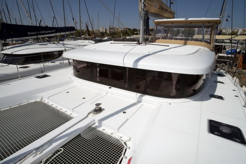 Rental Catamaran in Kalafationes - Lagoon Lagoon 42