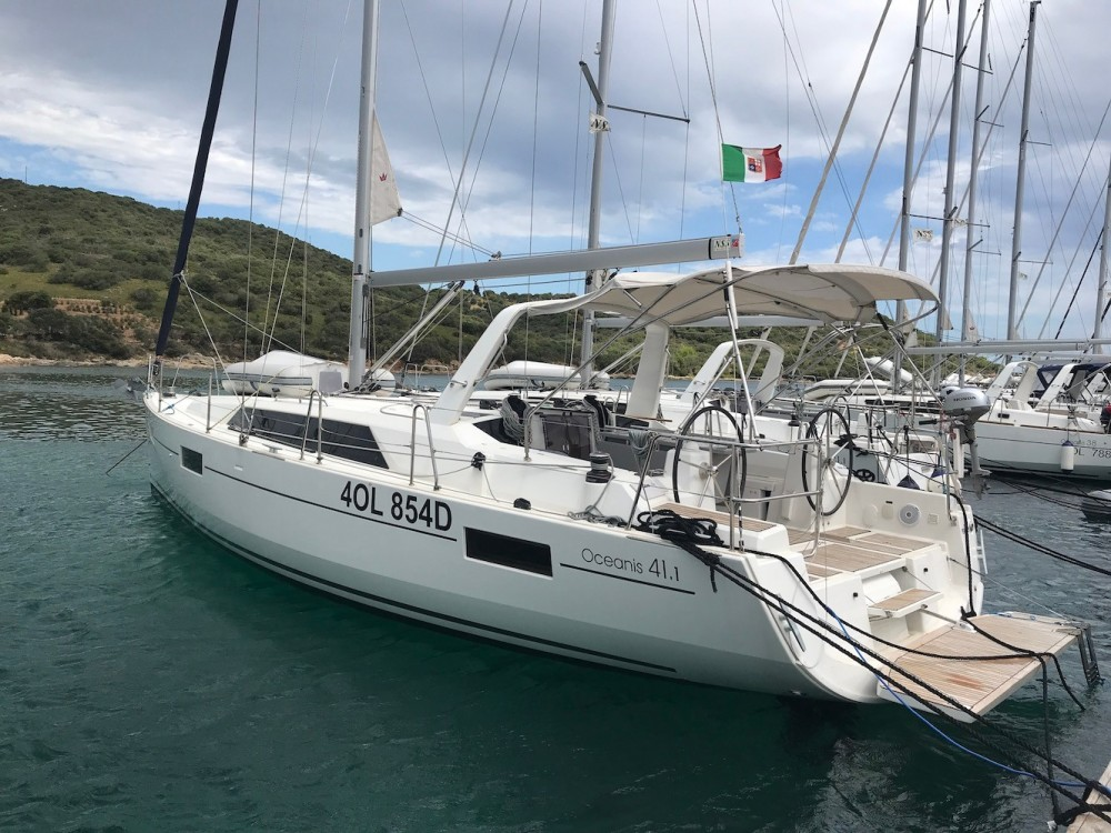Boat rental Sardinia cheap Oceanis 41.1