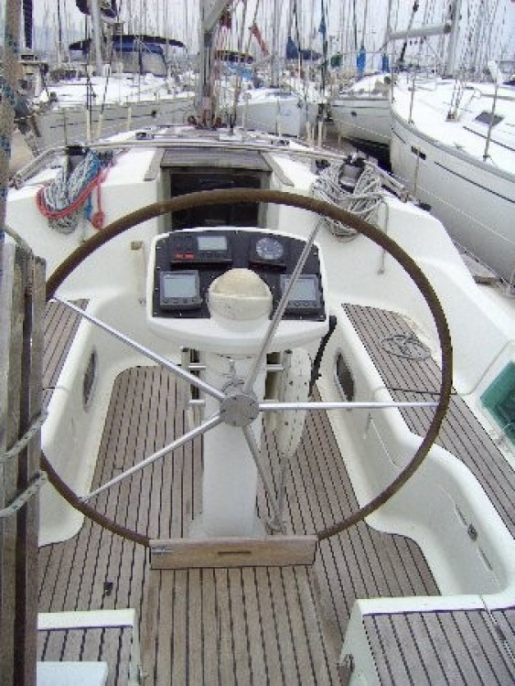 Rental Sailboat in Athens - Jeanneau Sun Odyssey 37.1