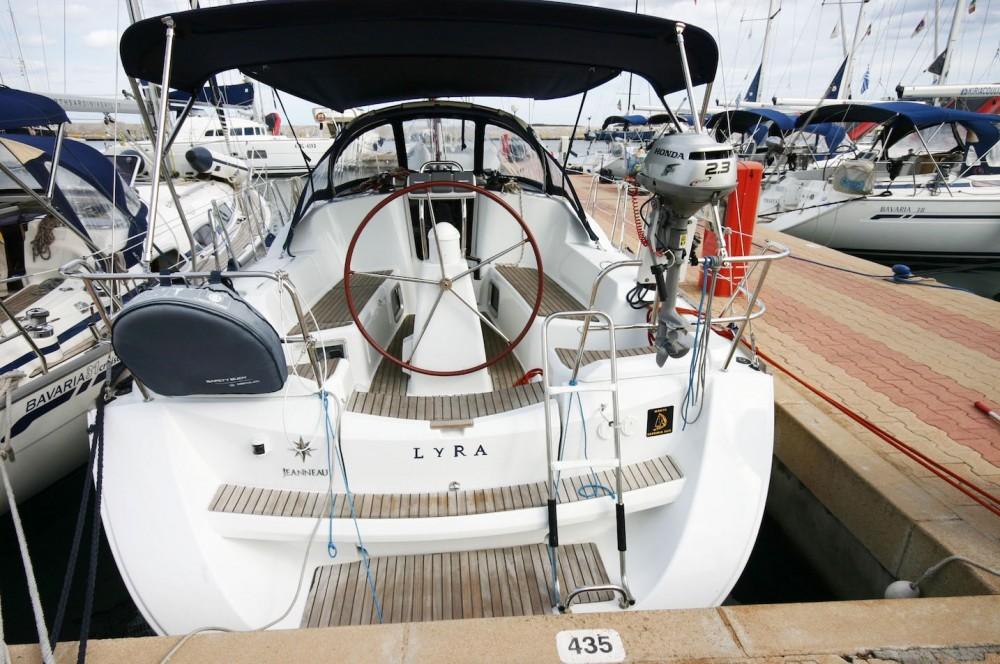Rental Sailboat in  - Jeanneau Sun Odyssey 36i