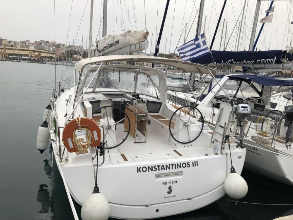 Rental yacht Laurium - Bénéteau Oceanis 41.1 on SamBoat
